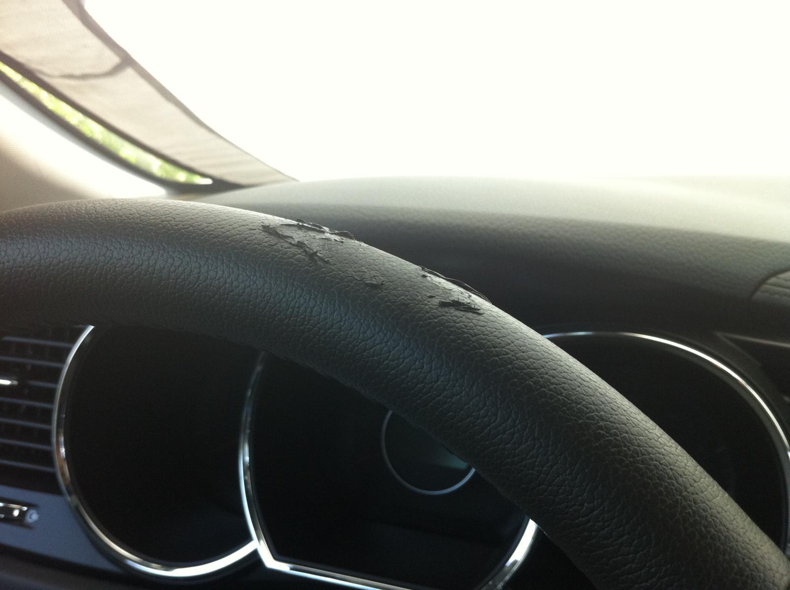 Steering Wheel Peeling