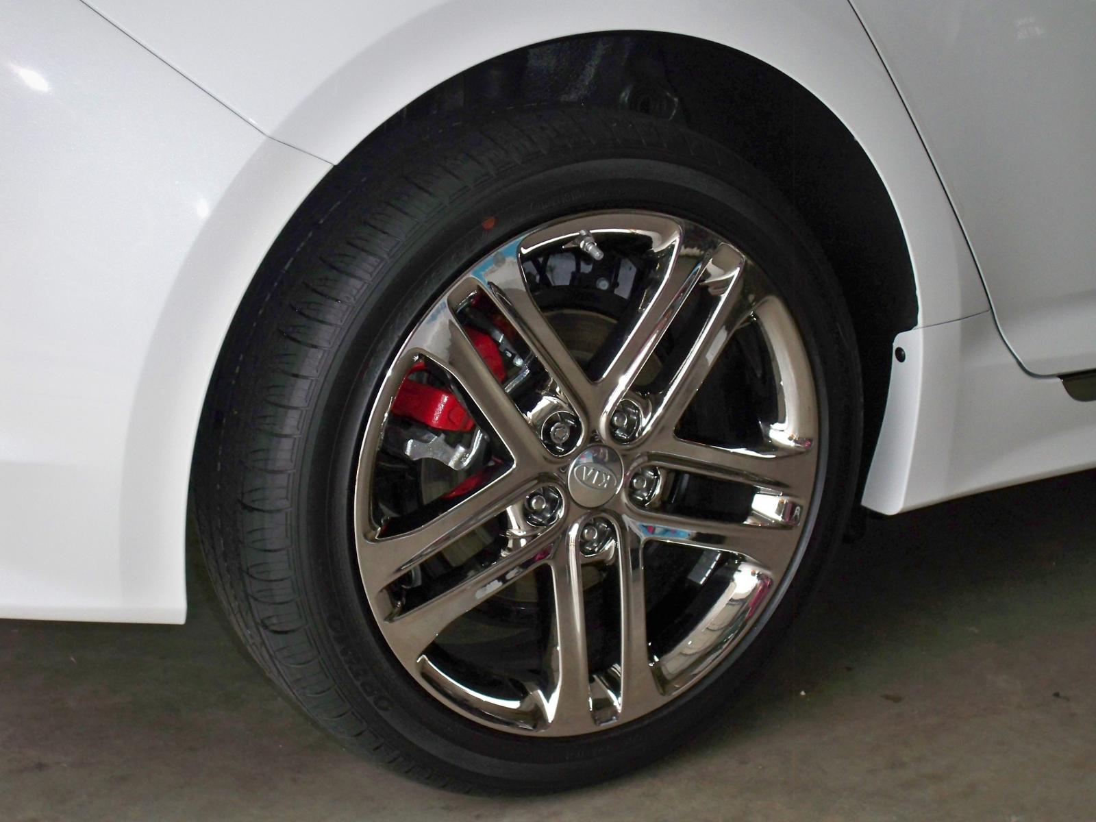 2013 SXL Chrome wheels and tires - stock OEM-101_2334.jpg