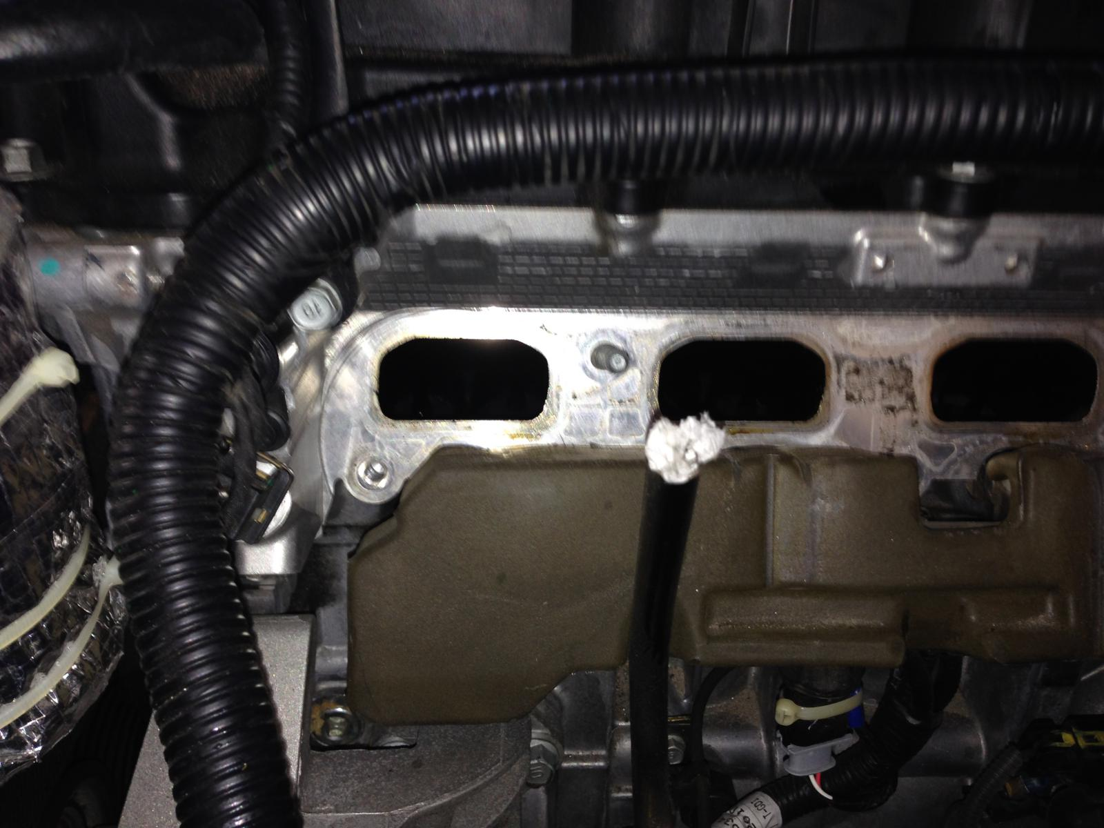 DIY] : - Intake Manifold Removal (for cleanup of carbon buildup