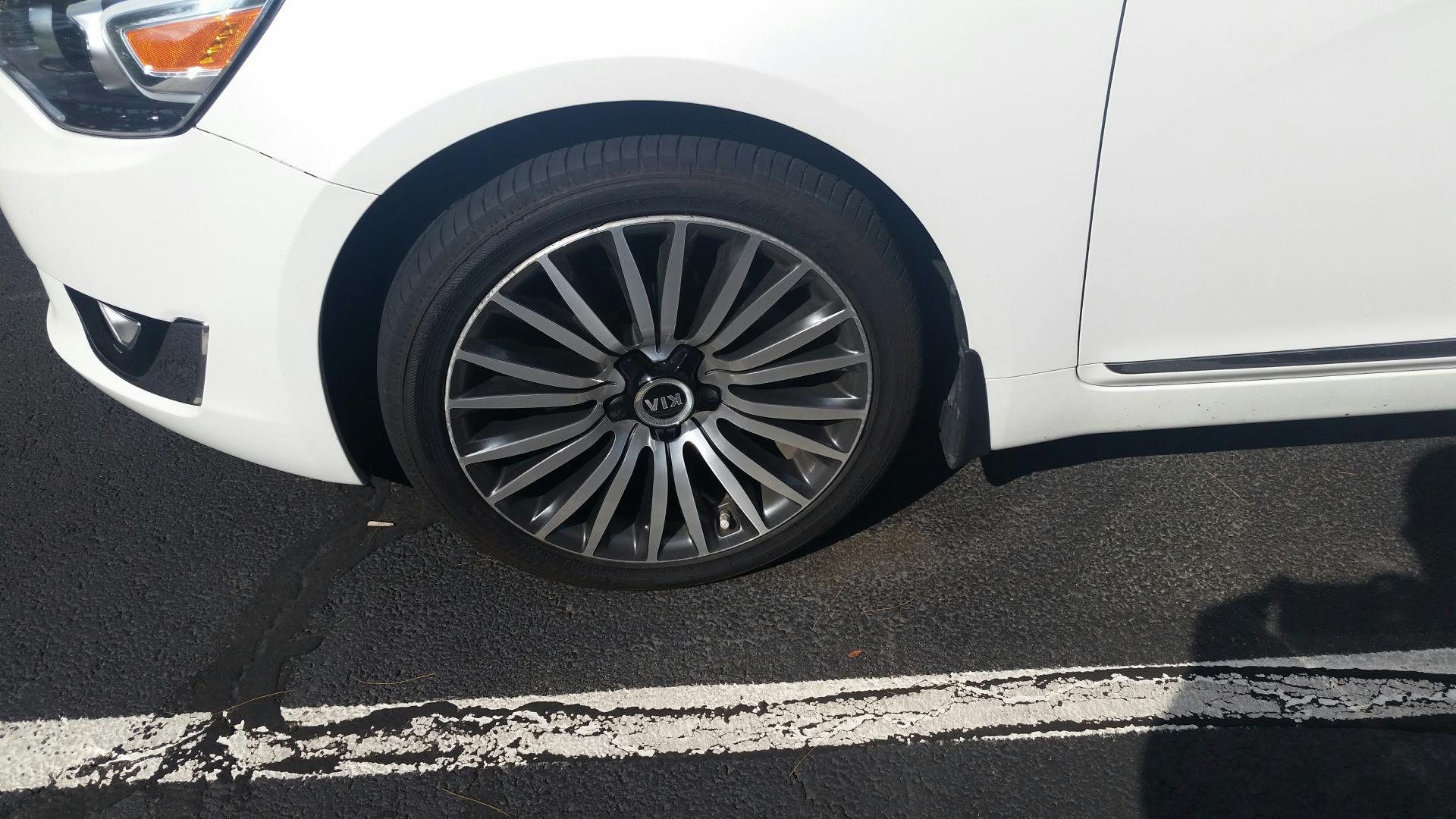 Fs 2015 kia cadenza 19 wheels no tires or tpms 20150519_164544_resized