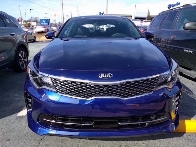 ► Sarchie's 2016 Optima SXL-day-1-front.jpg