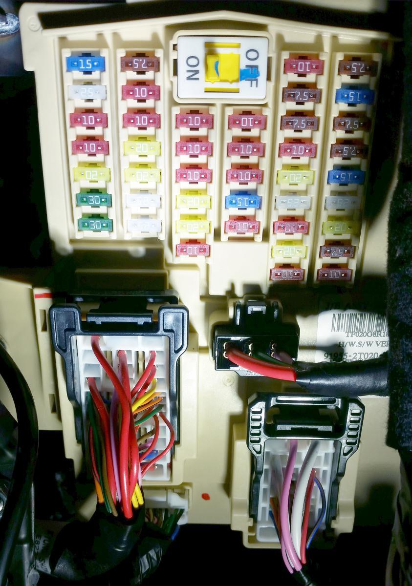 2012 Kia Optima Fuse Box Under Hood Electrical Wiring Diagrams Magentis 2010 Engine Compartment Diagram Nissan Armada