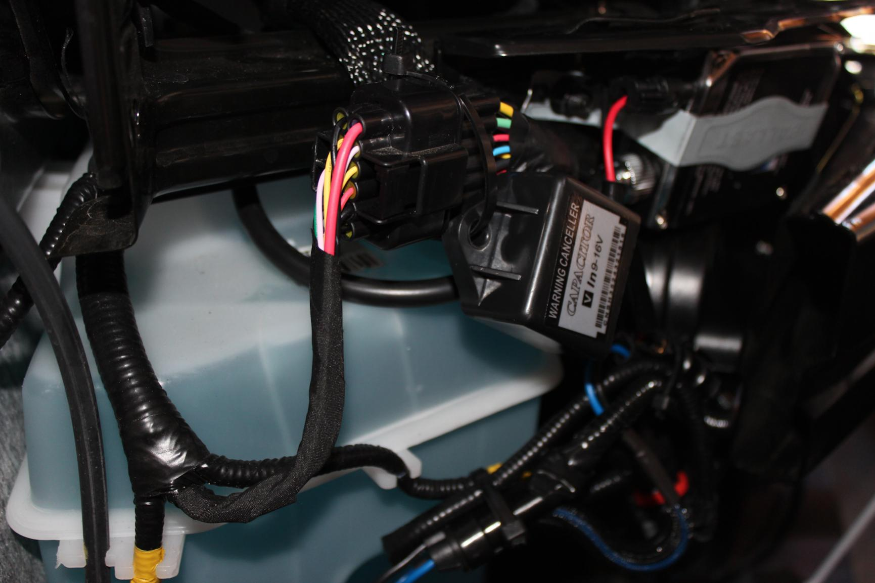 2014 Ford Escape Oil Filter Location furthermore 2008 Toyota RAV4 as well 2015 Hyundai Tucson as well Opel Manta as well Nissan Sentra Fusible Link. on 2010 nissan frontier wiring diagram