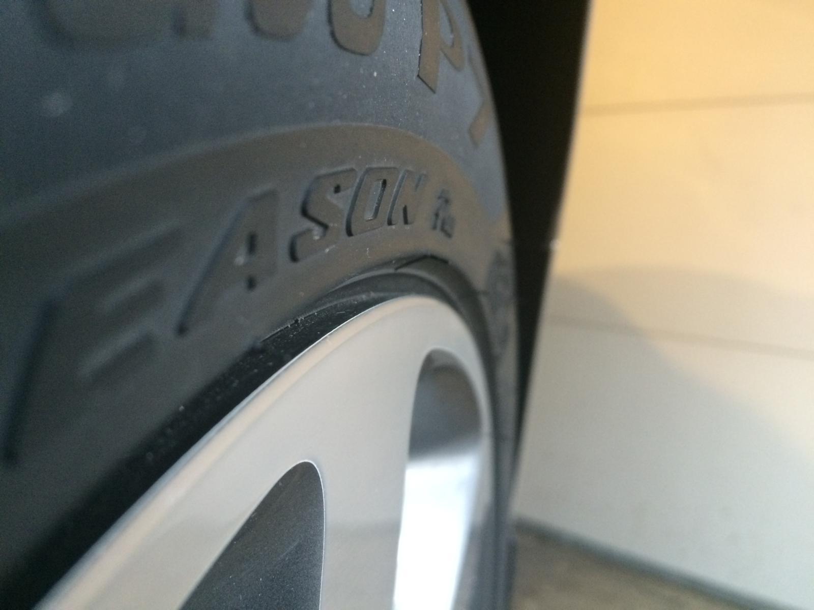 Photos of Pirelli P7 AS on SX or SXL-img_4599.jpg