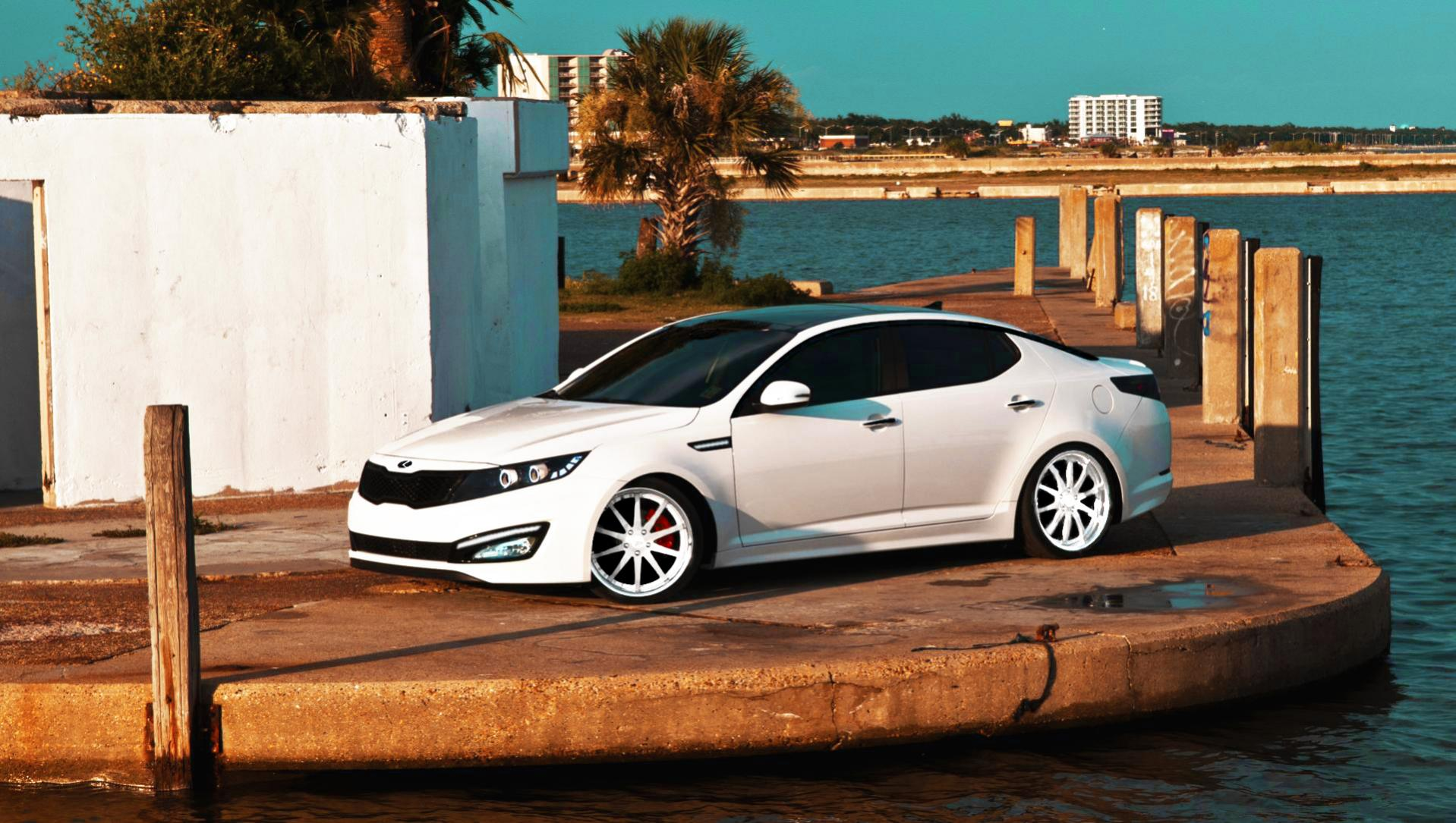 http://www.optimaforums.com/forum/attachments/new-member-introductions/9875d1343633923-new-dream-car-am-saving-one-now-optima-sx-edit-3.jpg