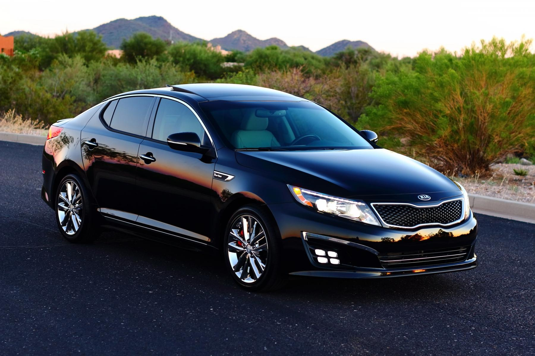 features kia photos reviews exterior sedan hybrid price optima lx