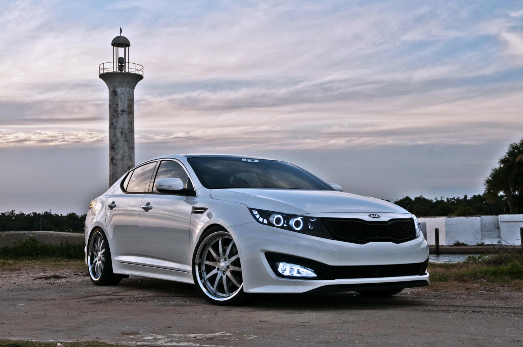 ... kia cadenza safety review and crash test ratings 2017 2018 2017 kia